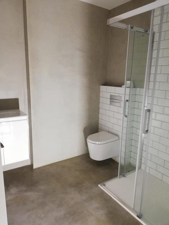 baño completo en microcemento
