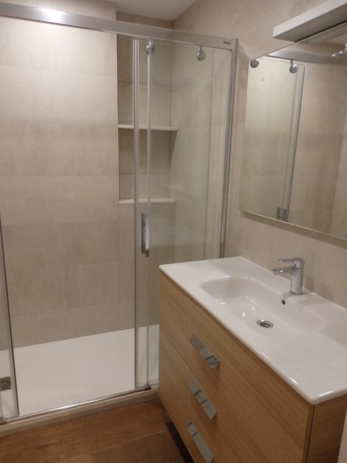 baño común lavabo