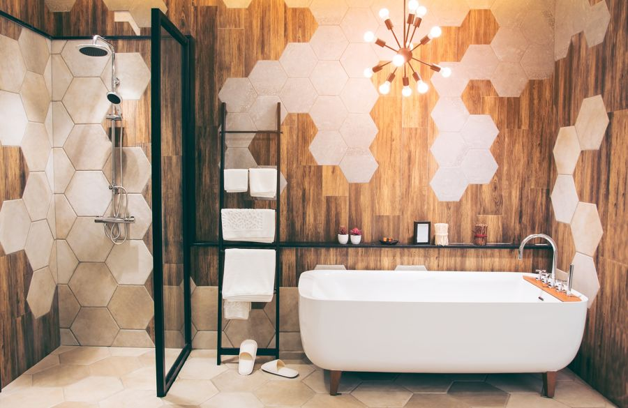 Baño con distintos azulejos
