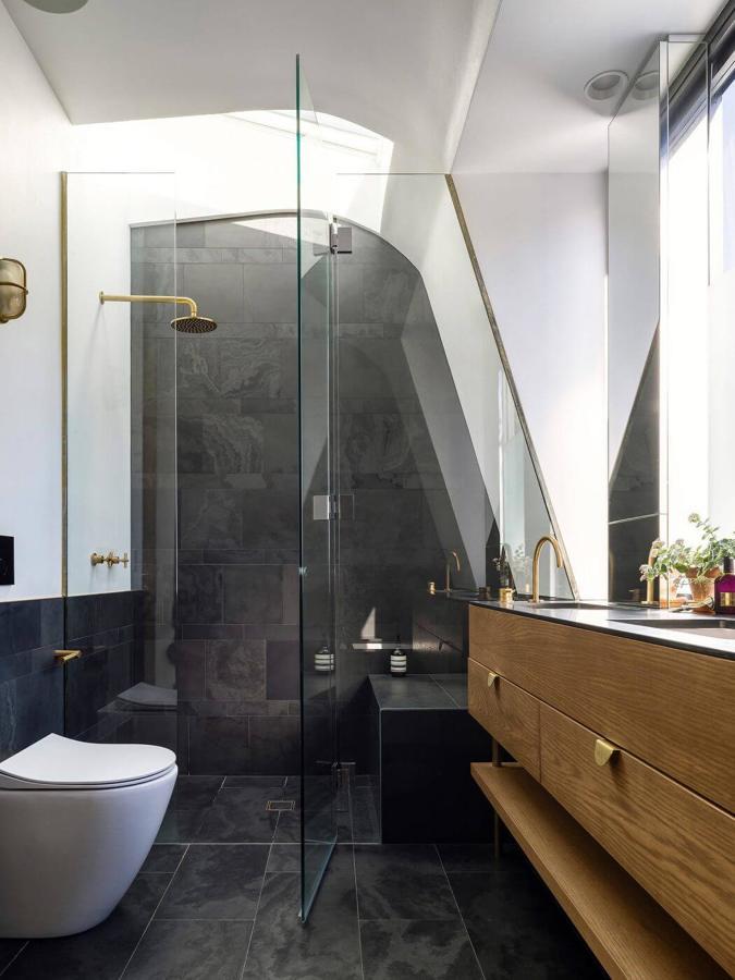baño con ducha pequeño