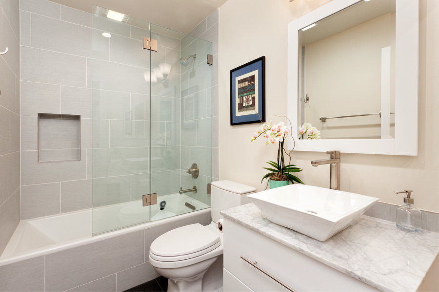 Encimeras para lavabos cu les son los materiales m s for Marmol blanco con vetas negras