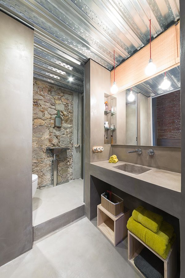 Baño con lavabo de obra