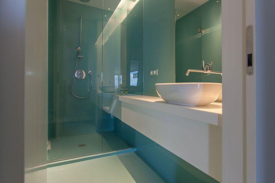 Baño con pintura epoxi