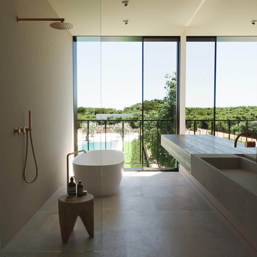 baño con  vistas