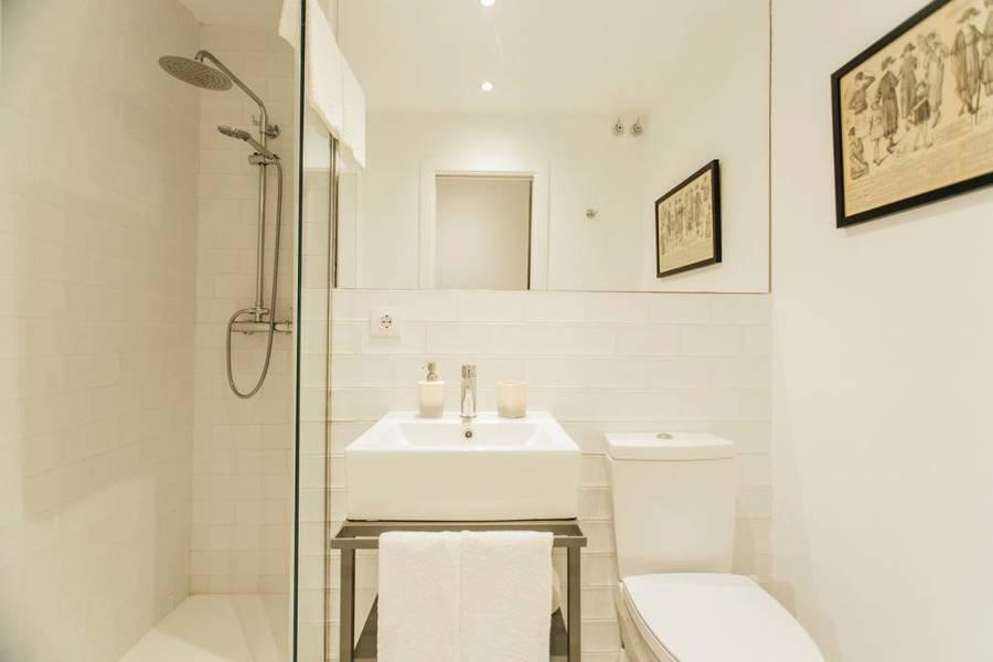 Baño de uno de los apartamentos
