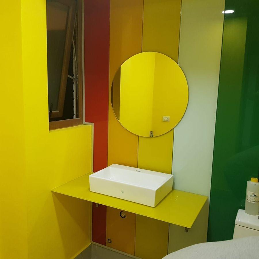 Baño de vidrio templado