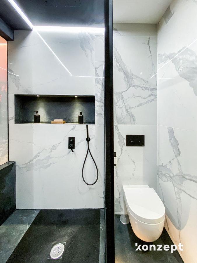 Baño ducha y hornacina