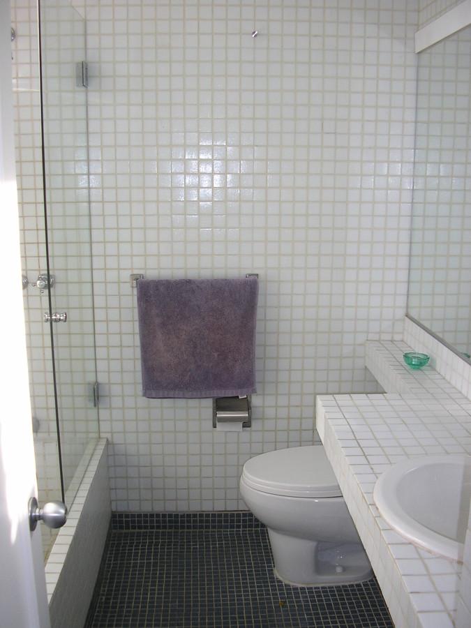 Baño en la habitacion.