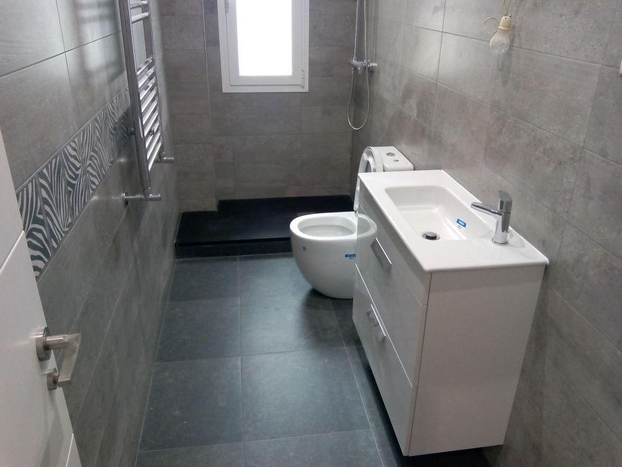 Baños Con Ducha Reformados:Foto: Baño Pequeño Reformado de Reformas HQH #956230 – Habitissimo