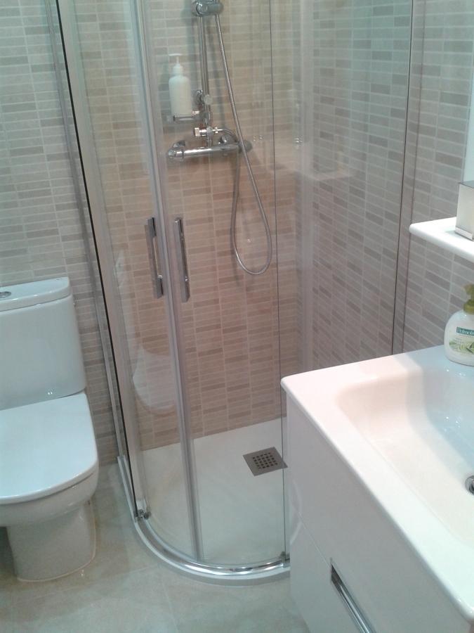 Foto ba o terminado de reforma de pisos omega 824332 - Reformas banos badalona ...