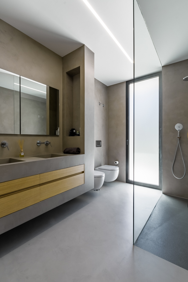 baño y lavabo