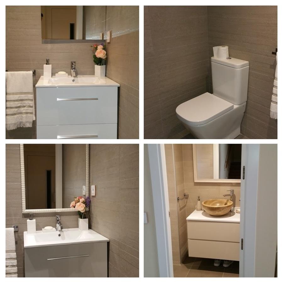 Baños de estilo sencillo.