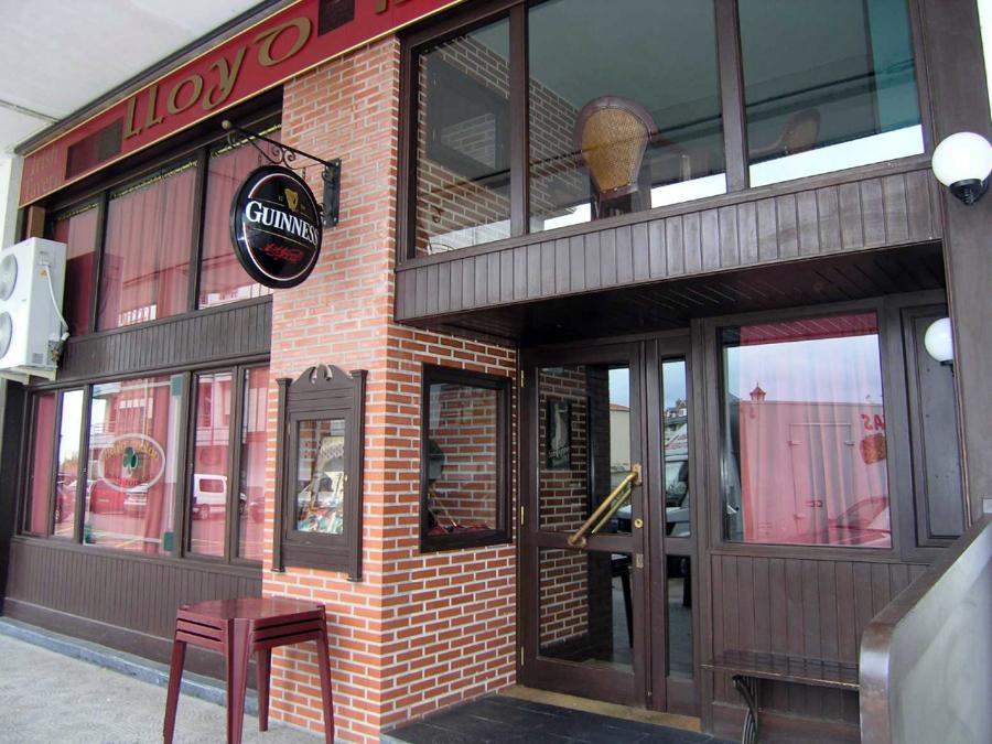 Pub Irland S Lloyd Nolan Ideas Reformas Locales Comerciales