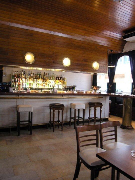 Bar restaurante La Marina Company
