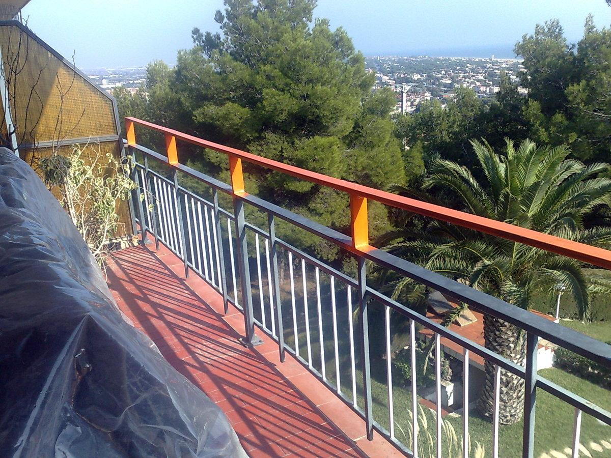 Foto baranda terraza de manolo rovira s l 306293 habitissimo - Barandas de terrazas ...