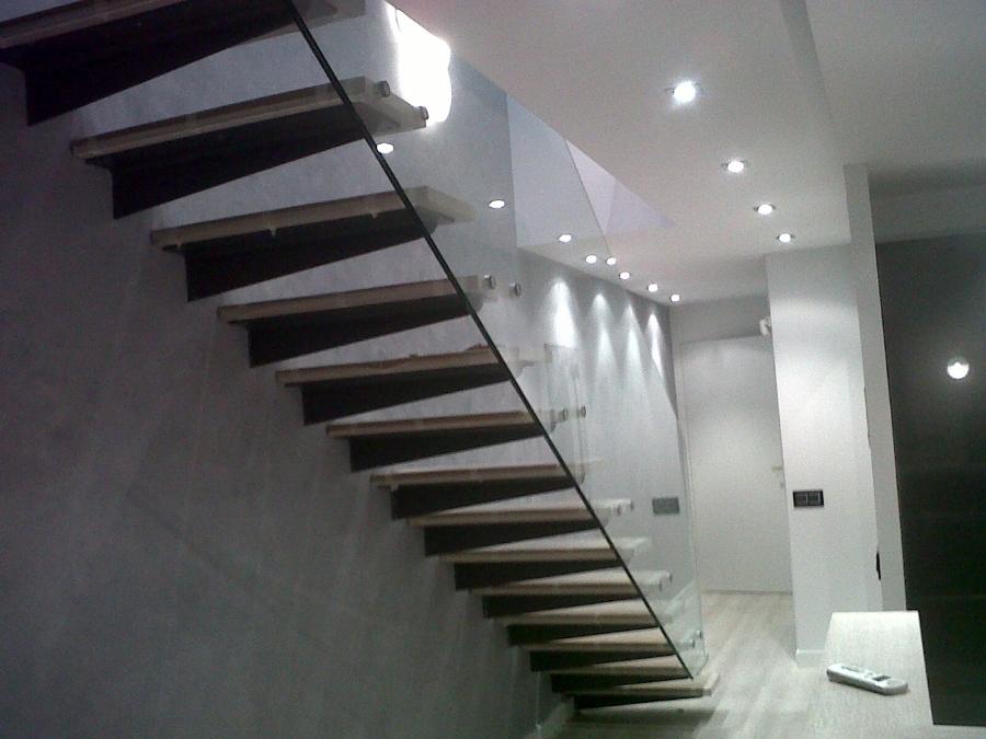 Foto barandilla escalera de cristal flotante de art ferro - Escaleras con barandilla de cristal ...