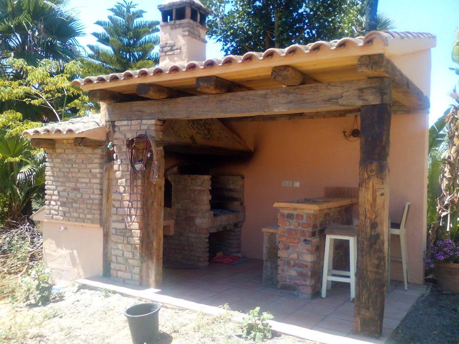 Foto barbacoa r stica de joaqu n jim nez carreras 875624 for Como hacer una terraza rustica