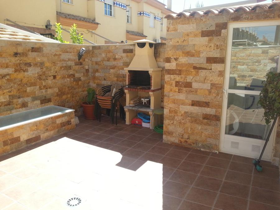 Foto barbacoa y lavadero de baluarte arquitectura y for Lavadero para patio
