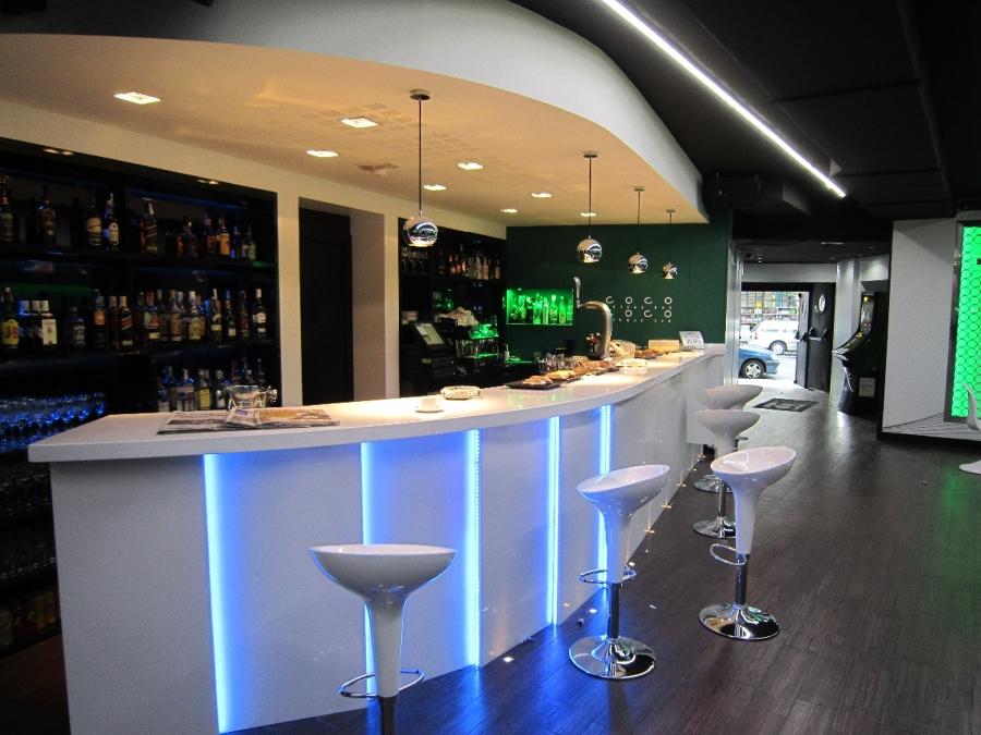 Cafeter a de d a discoteca de noche gracias a los leds ideas reformas locales comerciales - Ideas para discotecas ...