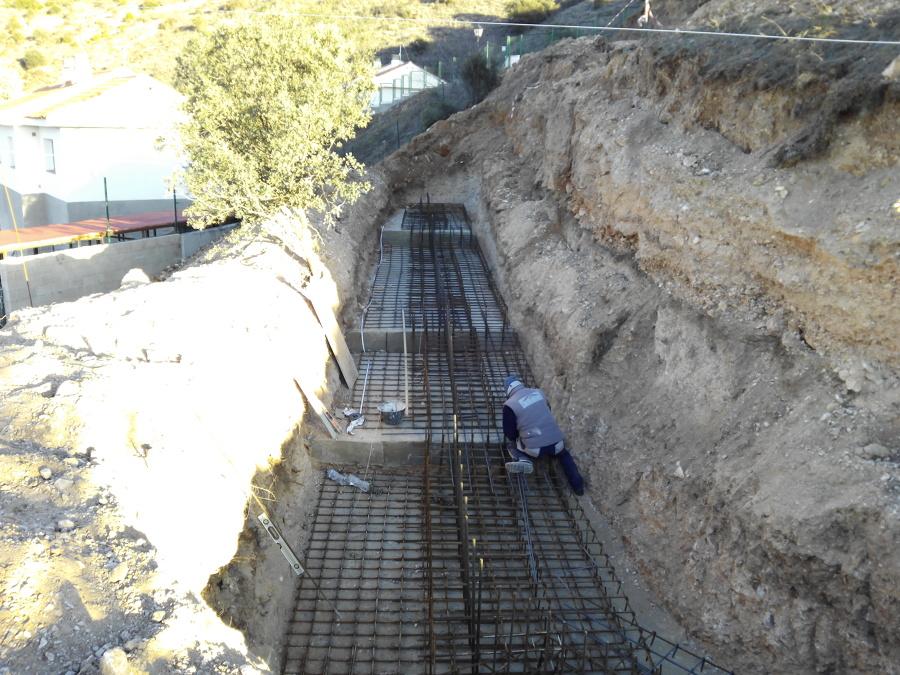 Base muro hormigón