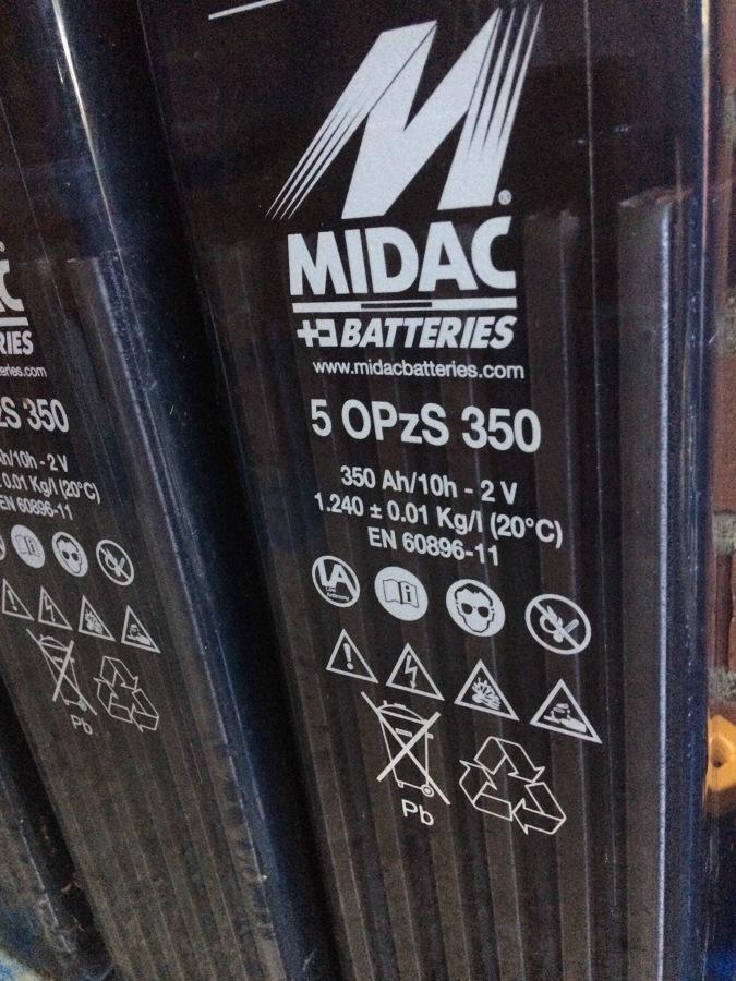 Baterías Midac 350Ah.