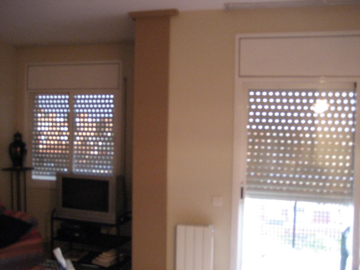 Dormitorio principal Pintado en crema y techo blanco