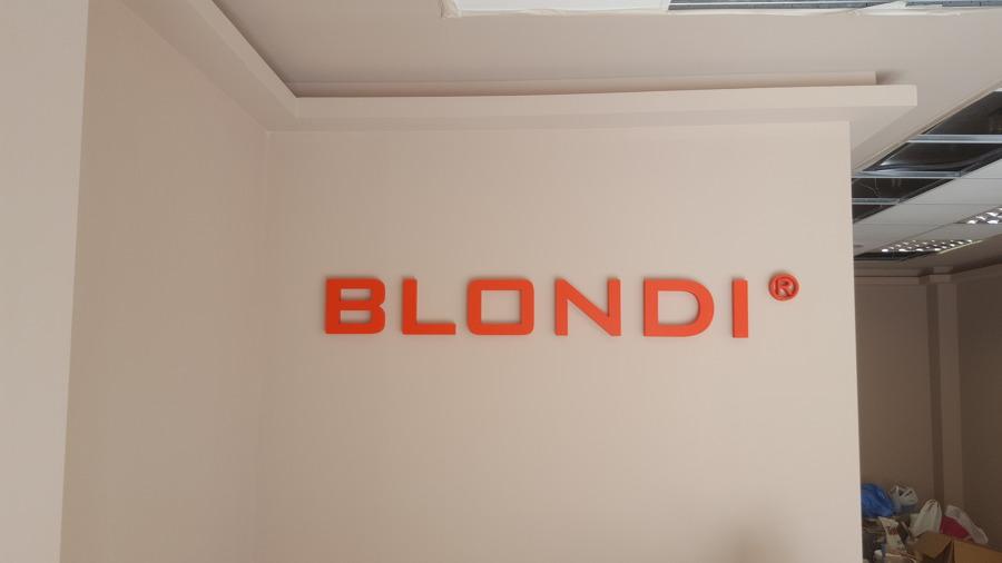 Blondi Plaza España