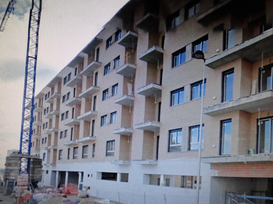 Bloque de viviendas en construccion