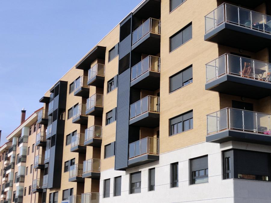 Bloque de viviendas terminadas