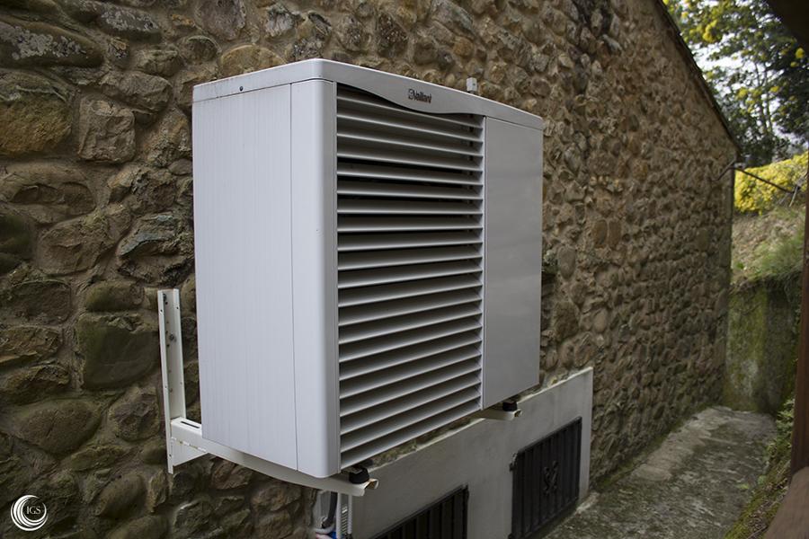 Aerotermia para agua caliente y calefacci n por suelo - Suelo radiante con bomba de calor ...