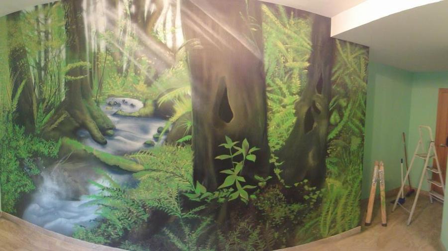 Bosque combinado con diferentes verdes y degradados en el resto de paredes