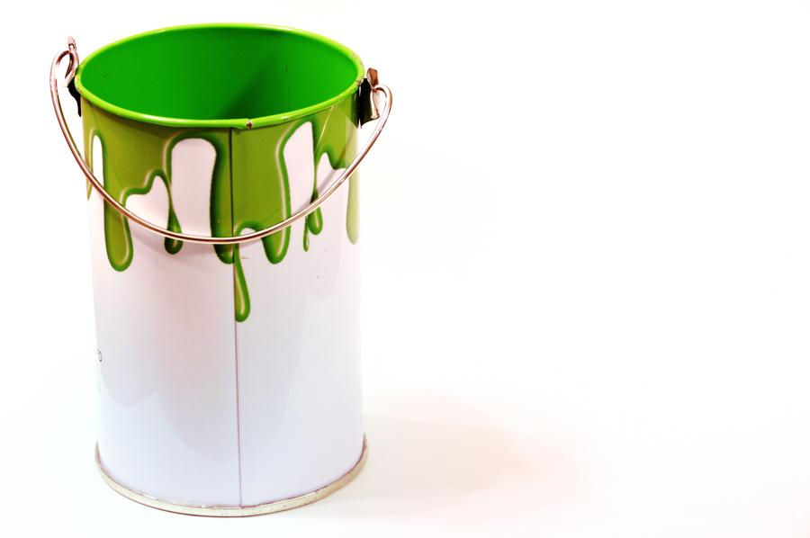 C mo eliminar el olor a pintura en nuestro hogar ideas for Bote de pintura precio