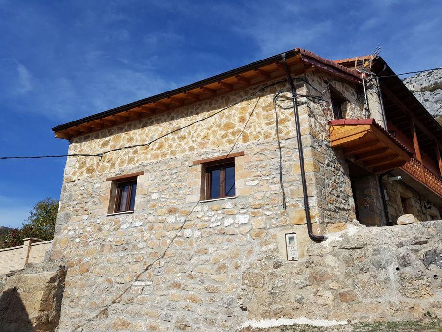 Burgos.casa De Piedra.nueva Construccion