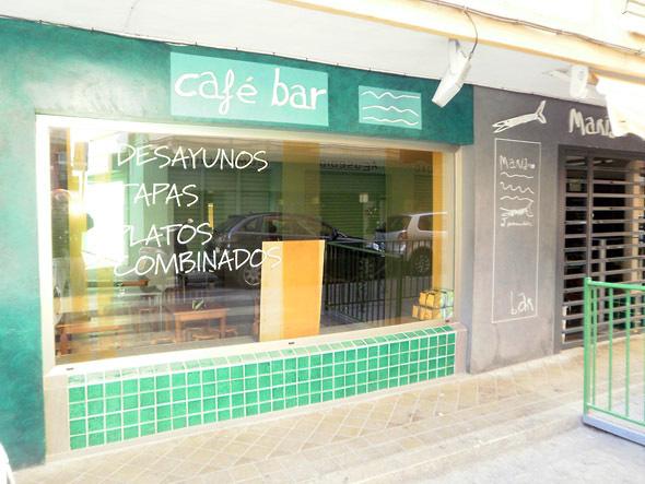 CAFE-BAR CON COCINA