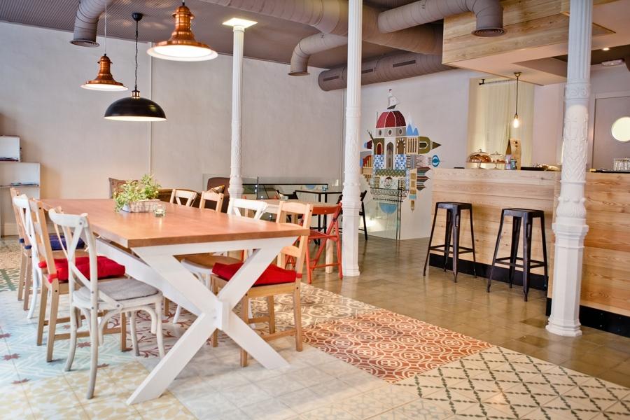 Cafe-bar Madrid. Insonorización y decorativos