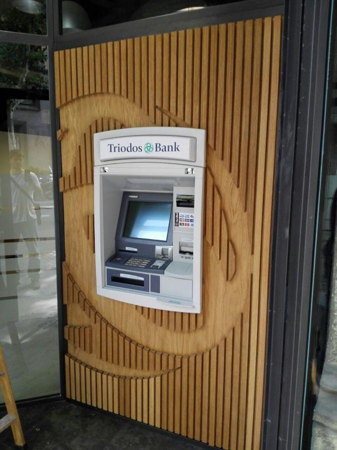 Cajero madera - Triodos Bank