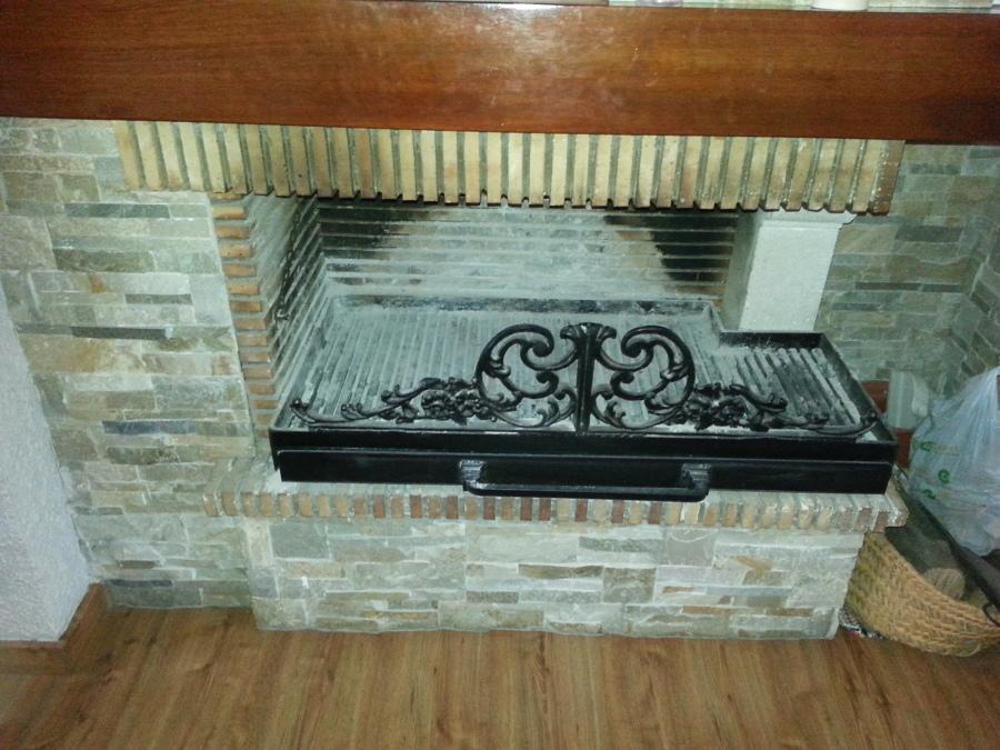 cajón pcon decoración para chimeneas