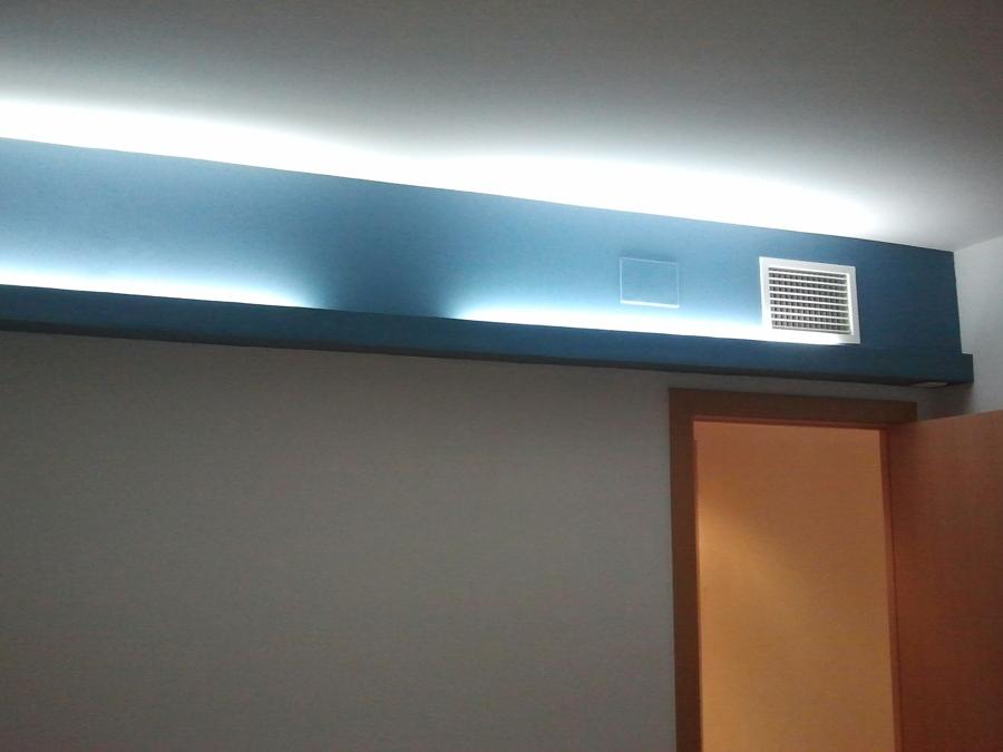Foto caj n pladur luz indirecta pintado de lampistaexpres - Luz indirecta salon ...