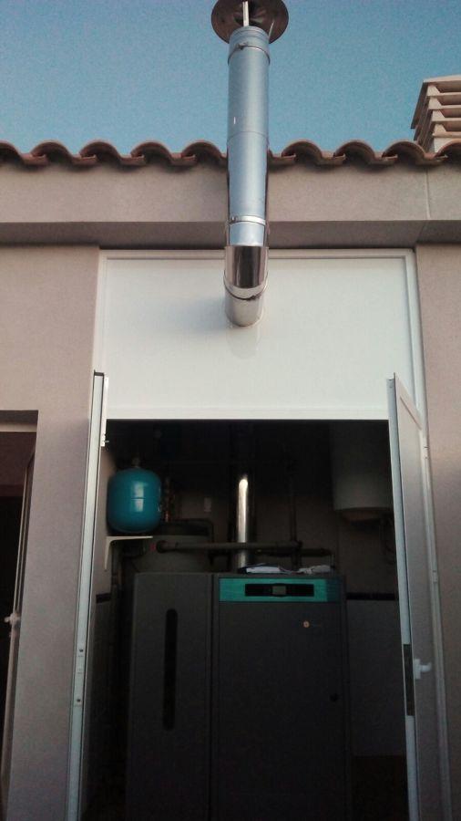 caldera con armario potección