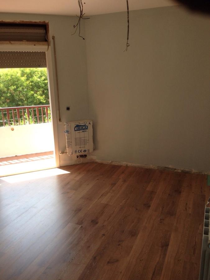 Calefación, parquet e instalación eléctrica e pintura