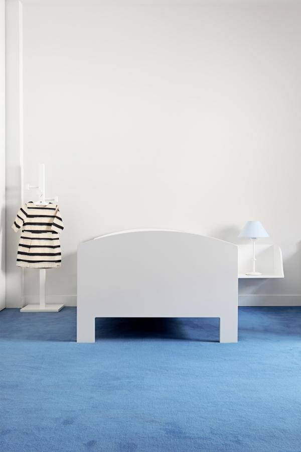 cama blanca para niños
