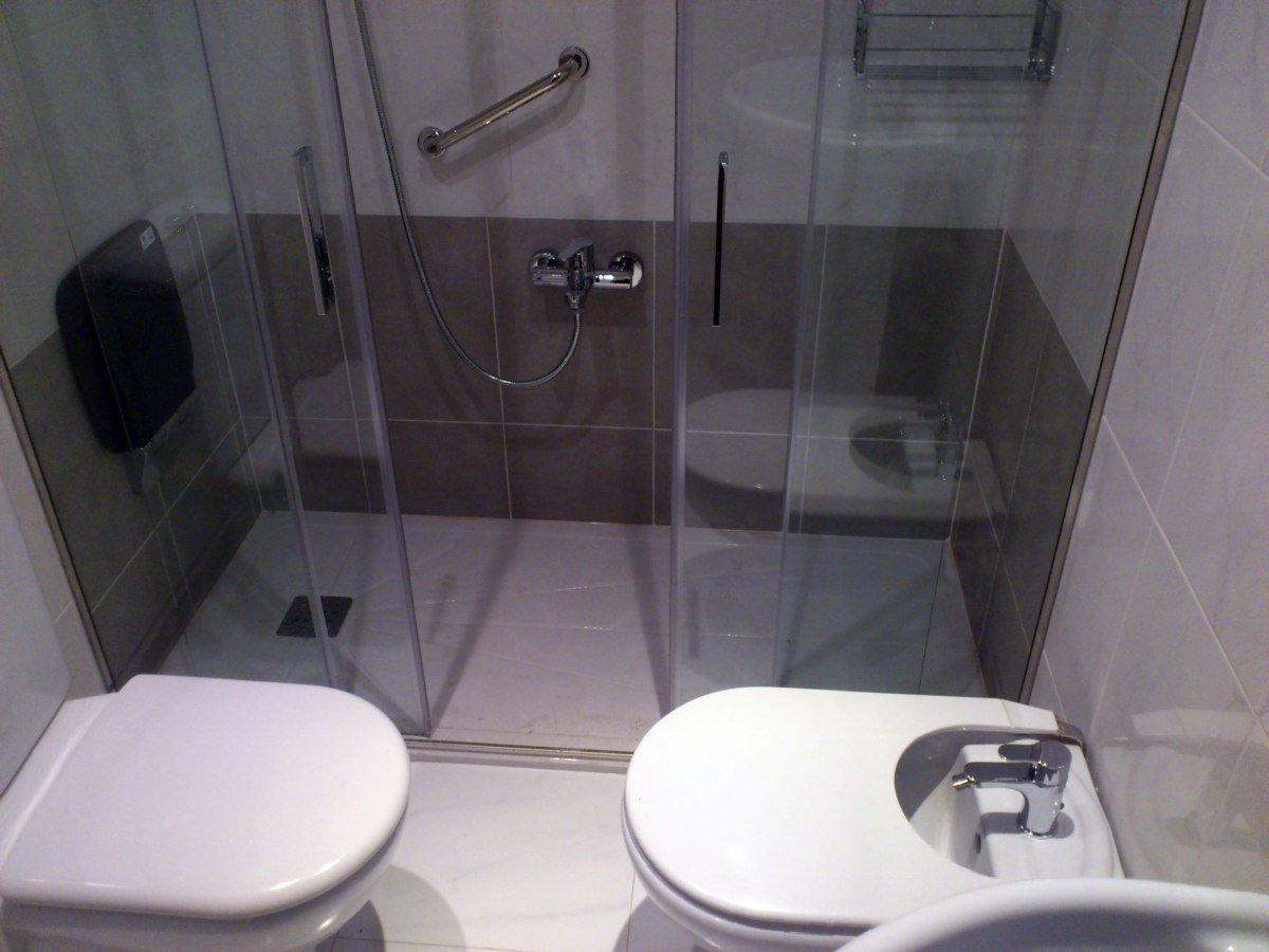 Cambio ba era por ducha hondarribia proyectos reformas ba os - Cambio de banera por plato de ducha sin obras ...