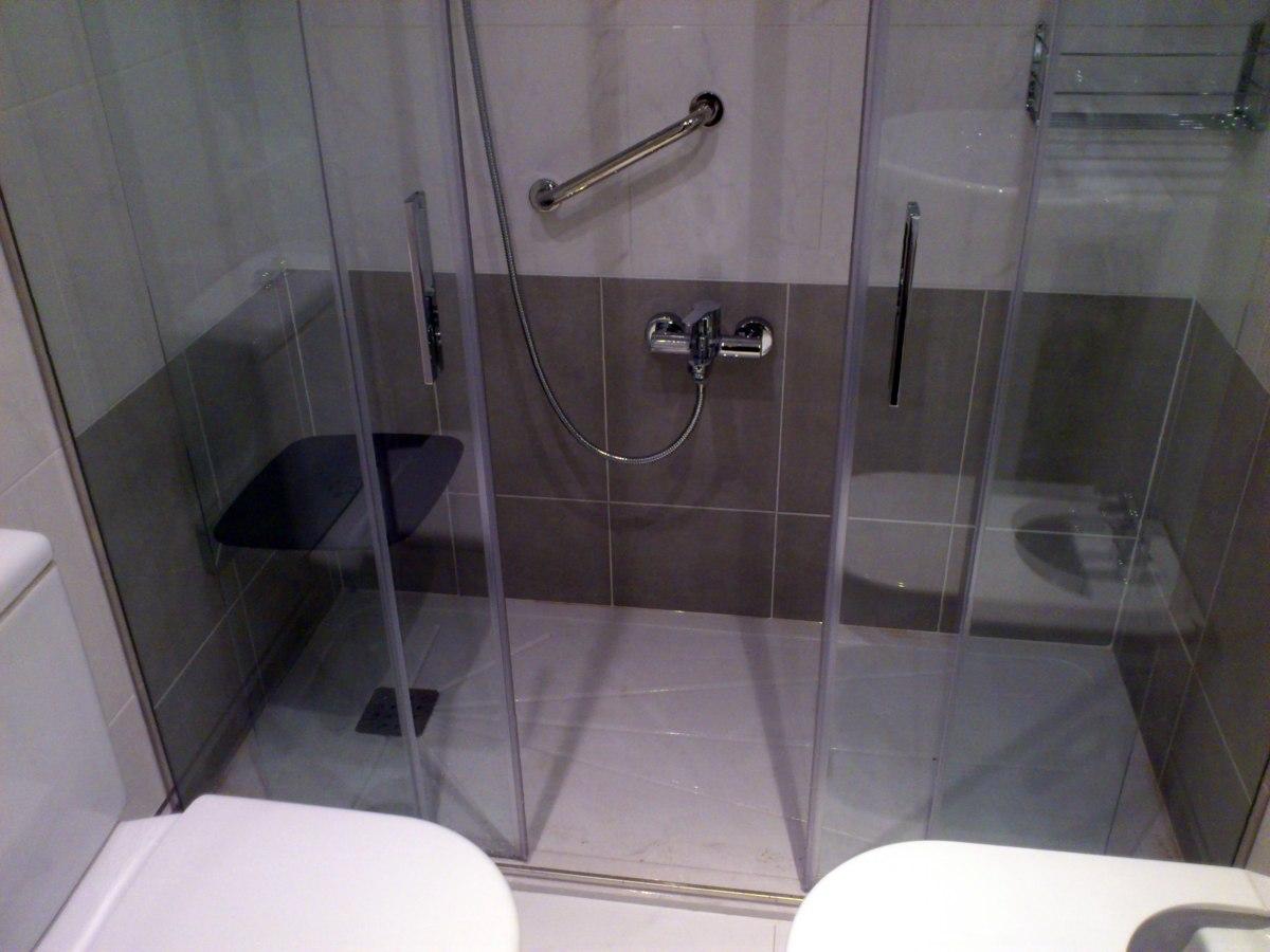 Foto cambio ba era por ducha de bainu 278740 habitissimo for Cambiar banera por ducha