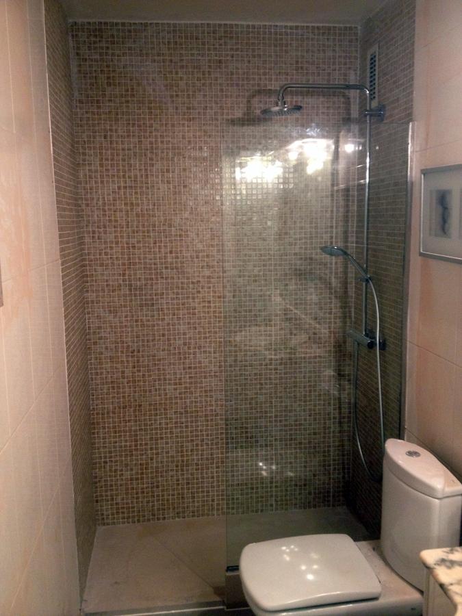 Cambio bañera por plato de ducha Laura y Gabriel