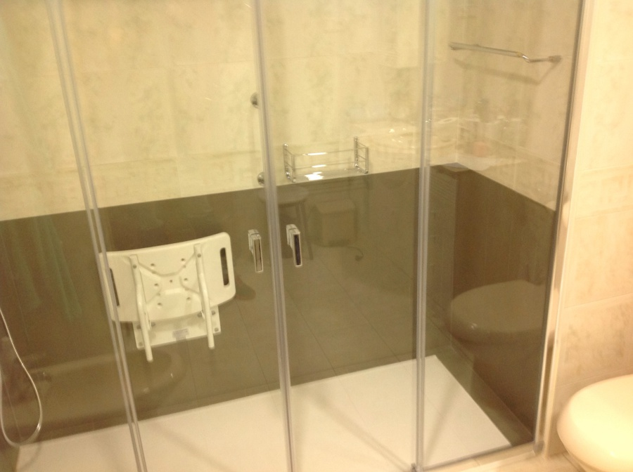 Cambio de ba era por plato de ducha 1 ideas reformas ba os for Banera plato de ducha