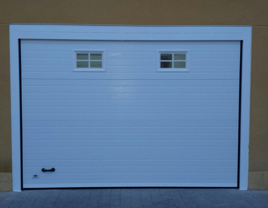Foto cambio puerta garaje de cerrajeria pe a diaz 658074 - Cambio de puertas ...