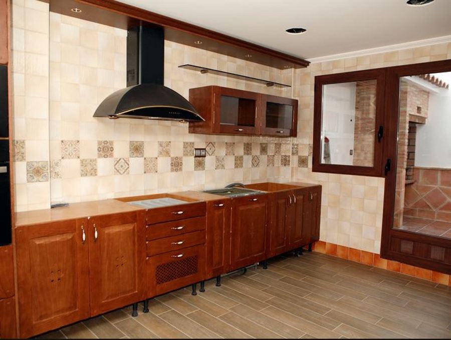 C mo limpiar la campana extractora ideas mantenimiento ascensores - Como limpiar la campana de la cocina ...