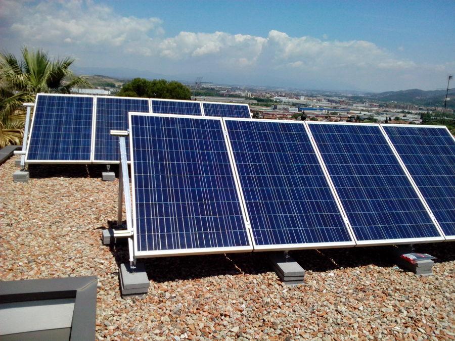 Instalaci n fotovoltaica barcelona ideas placas solares for Placas solares barcelona