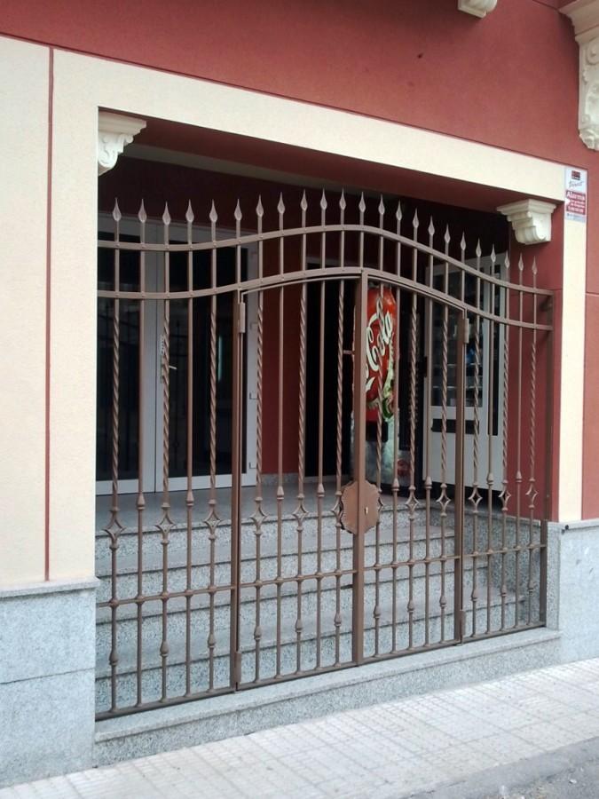puerta cancela fabricada en hierro forjado ideas