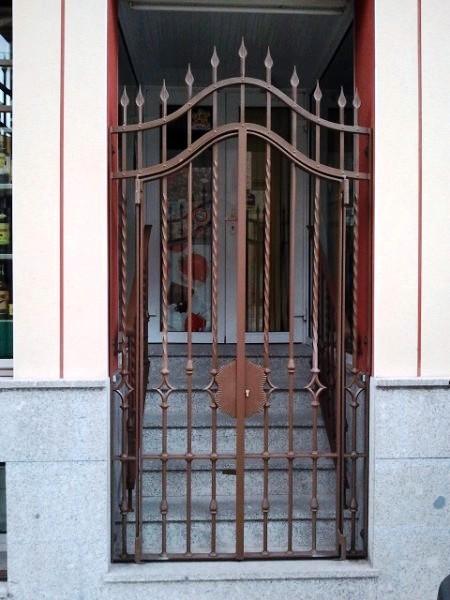 Puerta cancela fabricada en hierro forjado ideas for Puertas hierro exterior